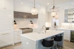 Contemporary Style in Gloss White